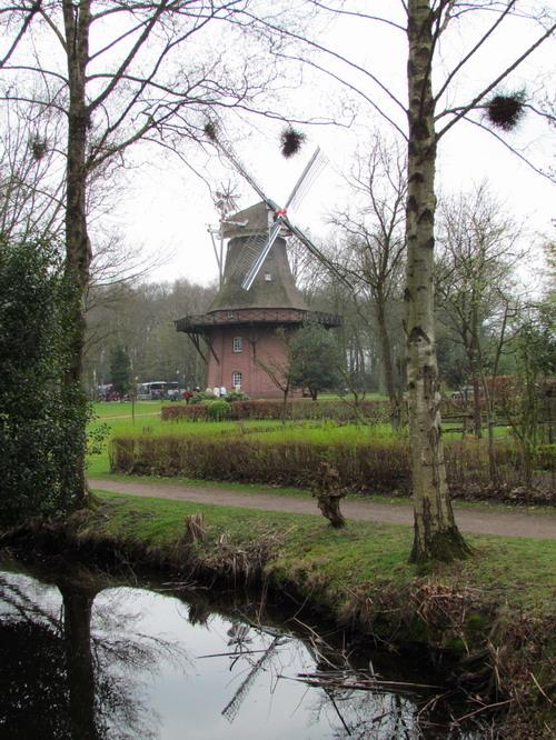 Die Windmühle in Bad Zwischenahn ist Teil des Freilichtmuseums